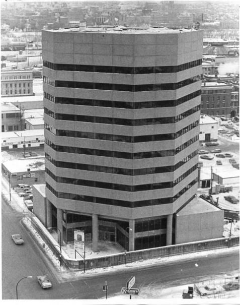 Winnipeg Tribune 1976