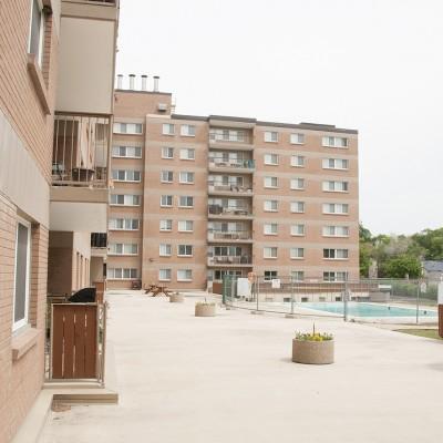 616_Strathcona_Southcourtyard