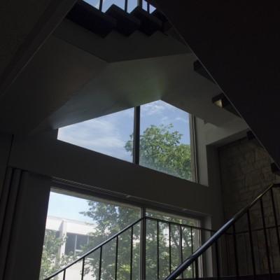 FletcherArgueBuildingsAndTheatres_Stairs_C72