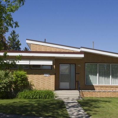 1374 Mathers Bay East
